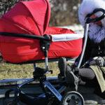 В России могут увеличить входящий в страховой стаж срок ухода за ребенком | анонсы на oremontekvartir