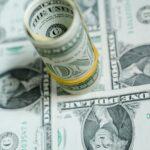 Аналитик посоветовал не менять рубли на доллары | анонсы на oremontekvartir