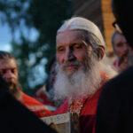 В Сети появились фото и видео с полицейскими в Среднеуральском монастыре | анонсы на oremontekvartir