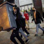 За сутки в ходе беспорядков в Барселоне задержали не менее семи человек | анонсы на oremontekvartir