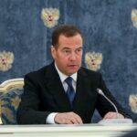 Медведев заявил об «отвязном» поведении американских интернет-платформ | анонсы на oremontekvartir